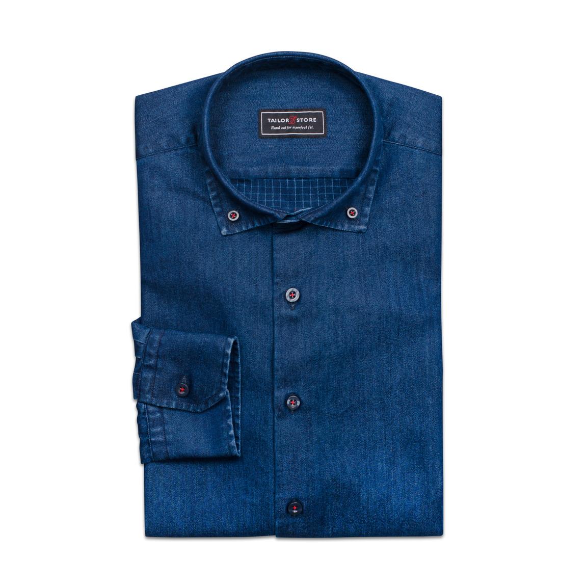Trendig indigoblå jeansskjorta med rutig avigsida