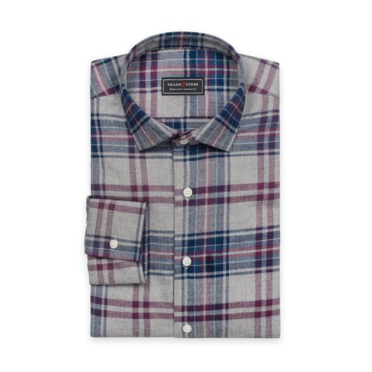 Średniej grubości flanelowa koszula w kratę z bordowymi akcentami
